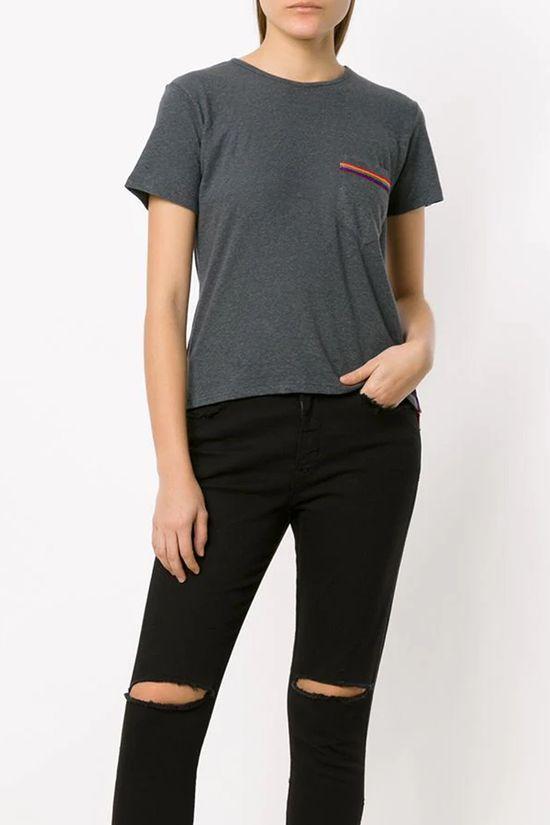 T-Shirt-Bolso-Camina-Chumbo