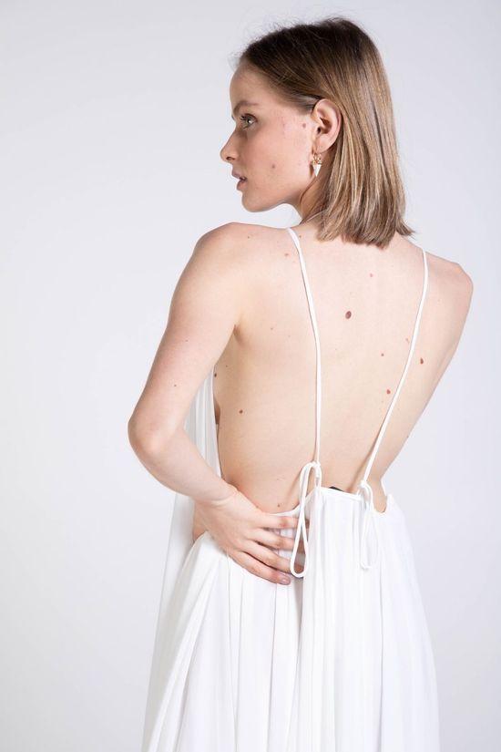 vestido-brisa-off-white-detalhe